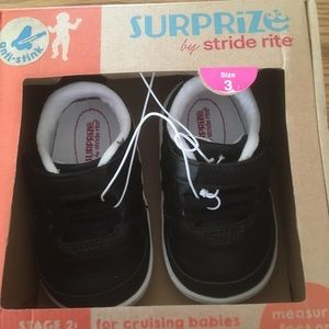 Surprize by Stride Rite toddler size 3 Black shoe